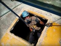 Čistenie sila v hĺhkach pomocou speleologickej techniky